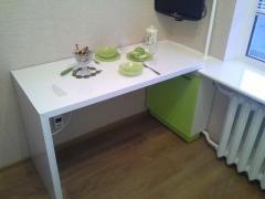 стол-кухонный